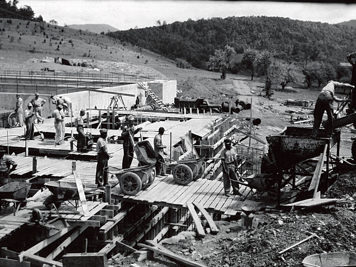 Building the Carvins Cove Treatment Facility 5-15-46