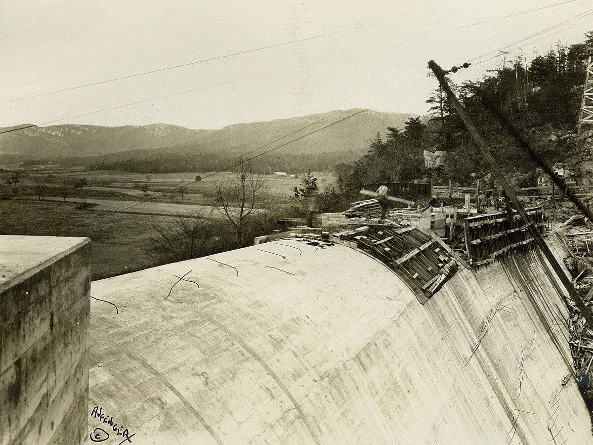 Carvins Cove Dam crest12-19-1927