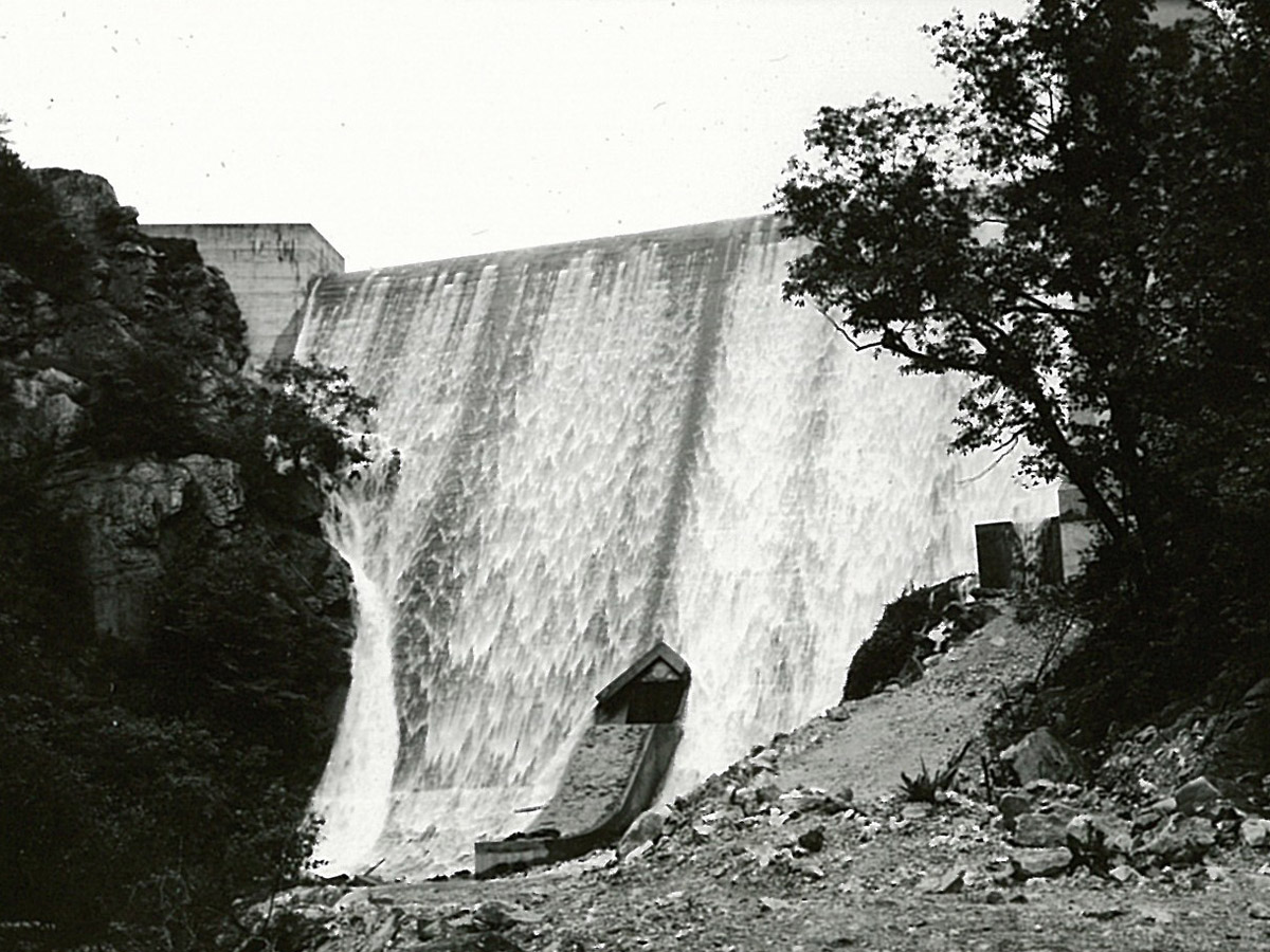 Carvins Cove Reservoir reaches full pond 5-20-1946